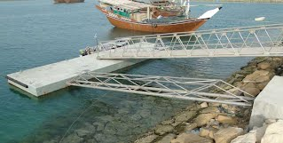 64 sqm concrete pontoon deck promotes local fishery industry in Chiruyeh, Persian Gulf